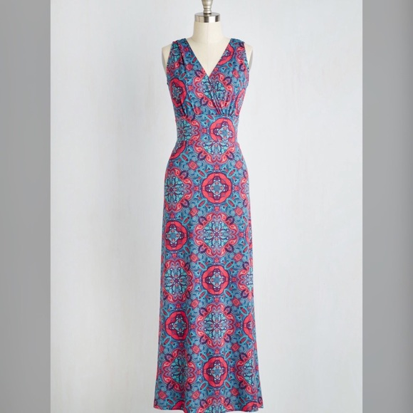e5af276dce71 Karina Adele maxi dress in kaleidoscope print
